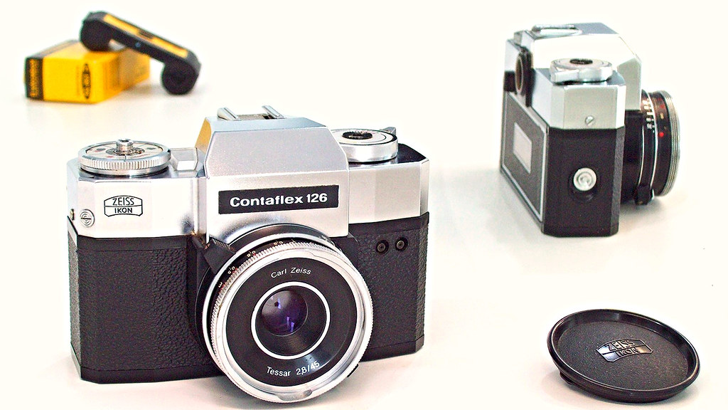 Zeiss Ikon Contaflex 126 | Contaflex 126 SLR camera for 28X2