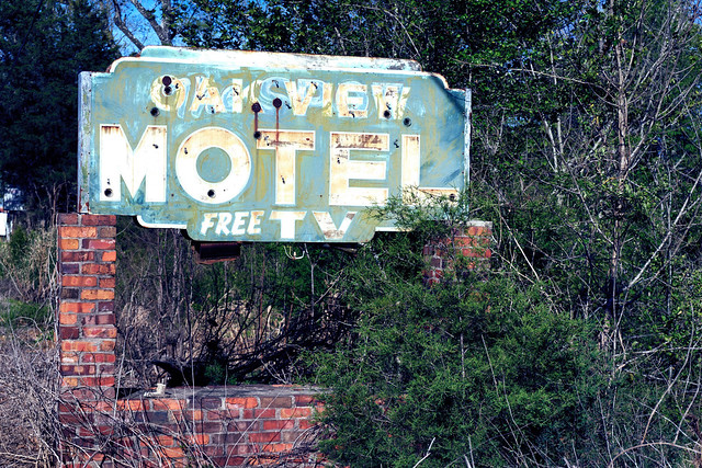 Oakview Motel Free TV