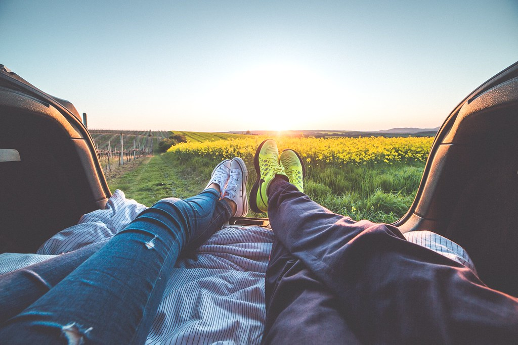 2 People Sitting With View of Yellow Flowers - Credit to http://homedust.com/