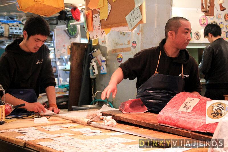 Tsukiji-Fish-Market-043