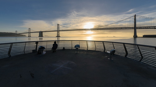 sanfrancisco california morning sky usa water sunrise us fisherman unitedstates unitedstatesofamerica seats baybridge northamerica brücke sonnenaufgang angler sanfrancisco–oaklandbaybridge