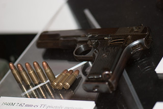 1948 pistol and bullets | by quinet