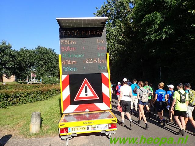 2016-07-19   1e dag Nijmegen    40 Km (49)