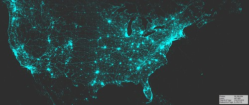 Visualization of geotagged Flickr photos (North America), 2007-2015