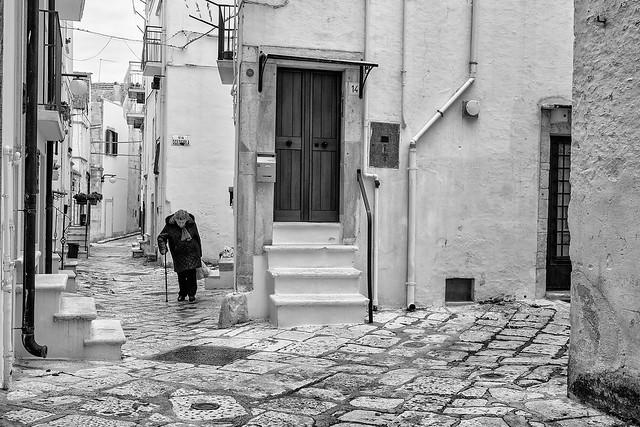 Back home across the alley --- Putignano - Puglia - Italia