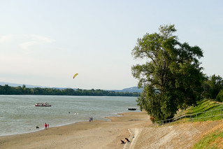 Water sports on the Danube