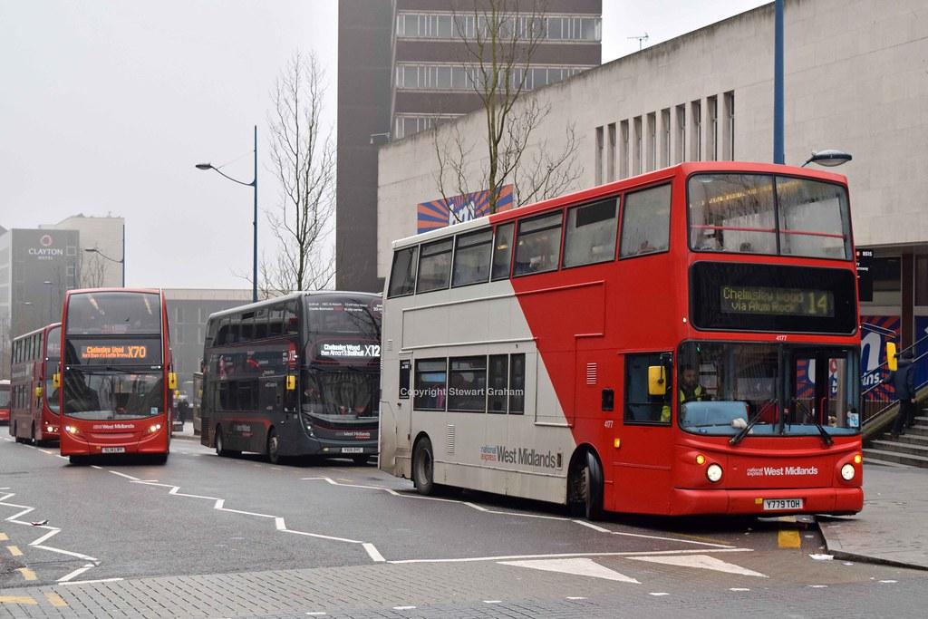 Bat Bus 12 >> 4177 Birmingham 12 04 18 One Of The Dwindling Original Bat