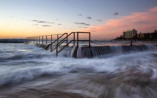 cronulla newsouthwales australia au pool wave sydney nsw dawn sunrise seafall flow