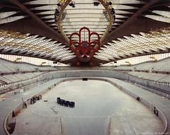 Chantier du Biodôme de Montréal; enlèvement des structures du vélodrome olympique. - [1990]. - VM168-Y-3_25-005. - Archives de la Ville de Montréal.