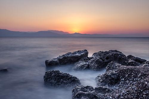 sea seascape beach sunrise greece gr korinthiakos aigio egio achaia corinthiangulf peloponnisosdytikielladakeio peloponnisosdytikielladakeionio
