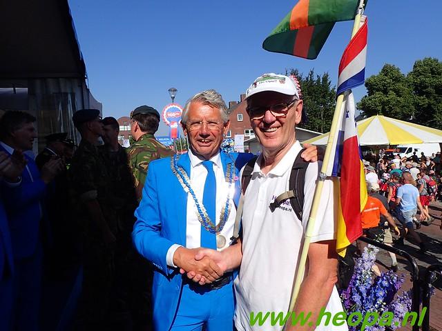 2016-07-19   1e dag Nijmegen    40 Km (63)