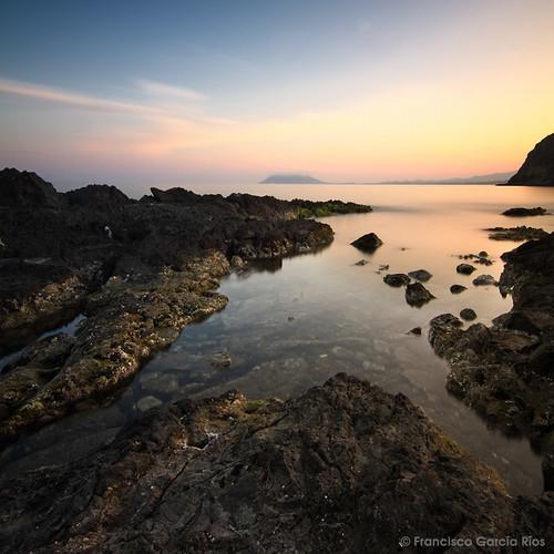 sunset sea luz atardecer evening mar rocks mediterranean dusk cove murcia puestadesol lorca cala rocas mediterráneo ligh puntasdecalnegre parquenatural cabocope smallbay siscal recesvintus