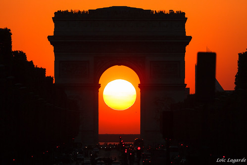 city sunset paris france architecture europe arc livingroom summerpalace été arcdetriomphe iledefrance etoile ville coucherdesoleil 8ème cuidad 75008 2011 cityoflight placedeletoile canonef100400mmf4556lisusm cityoflove villelumière placecharlesdegaulleetoile canoneos7d champselsyees