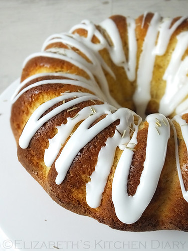 Lemon-Rosemary-Bundt | by CulinaryTravels