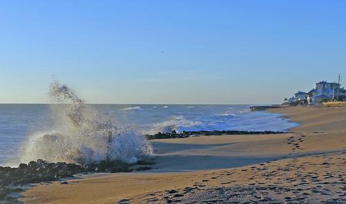 beach sand rocks waves break florida wave stuart beachhouse hutchinsonisland