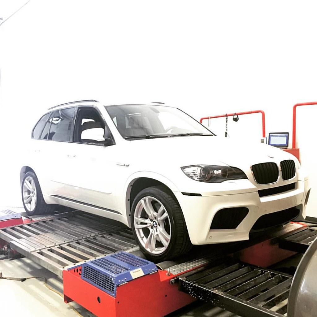 bmgee77's #sexy white BMW (@bmwusa) X5M on the Dyno Dynam