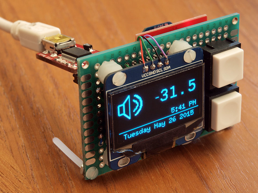 DIY: OLED display mounted with buttons and xbee   A very tin