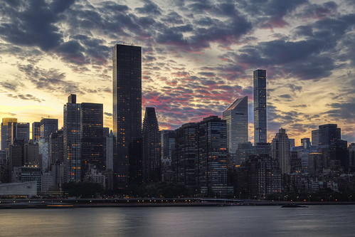hdr nyc city sunset river blue cloudy twilight