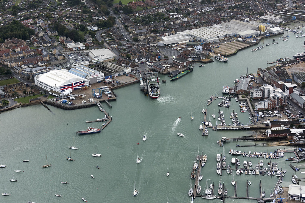 Cowes - Isle of Wight aerial