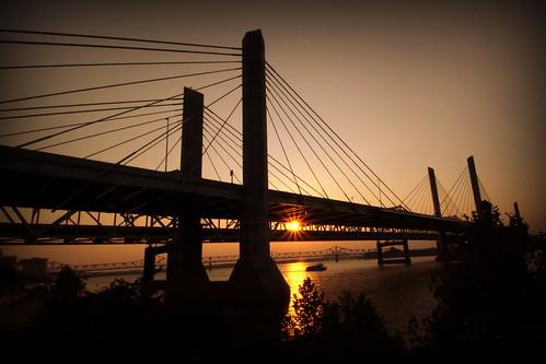 louisville ky kentucky abrahamlincoln bridge interstate interstate65 i65 ohioriver lousivillewaterfrontpark cablestayedbridge bmok bmok2