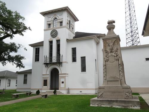 chfstew louisiana laassumptionparish nationalregisterofhistoricplaces nrhpsouth courthouse memorial 100yearsold