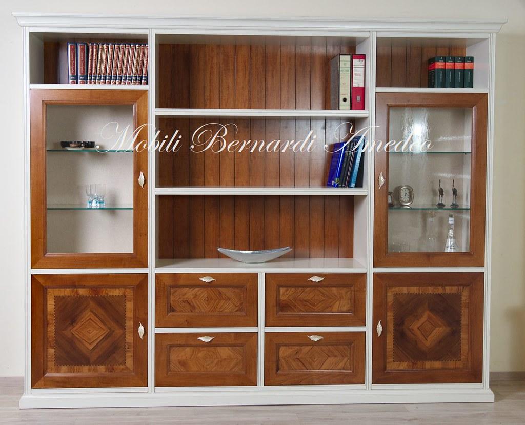 Libreria parete attrezzata con intarsi | Libreria parete att ...