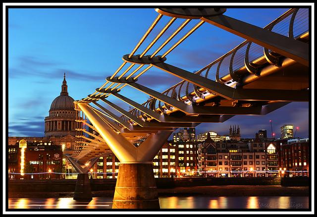 Millenium Bridge and St. Pauls, London;