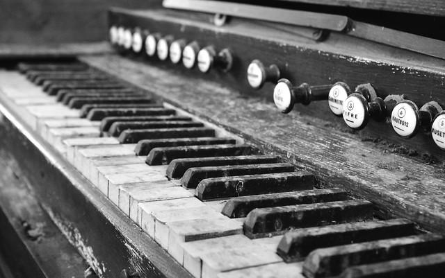 Eglise de Vendeuvre - Piano