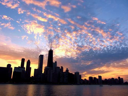 sunset sky chicago skyline clouds lakemichigan johnhancockbuilding pw miltonleeolivepark