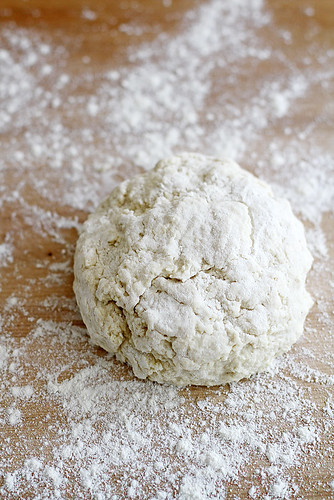Flaky, Fluffy Southern Buttermilk Biscuits   girlversusdough.com @girlversusdough   by girlversusdough