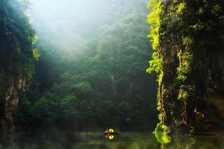 Mirror Lake #ipoh #perak #malaysia #place #cave #urban #urbanlandscape #urbanexplore #travel #travelphotography #travelgram #traveller #photographer #photography #photo #photooftheday #moodygrams #explore #discover   by alexcsgoh