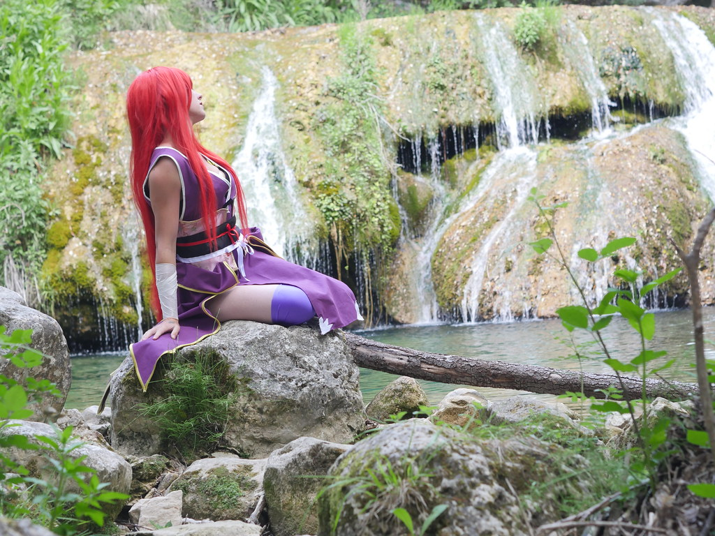related image - Shooting Erza Scarlet - Robe de Yuen - Fairy Tail - Montferrat - 2015-05-15- P1080641