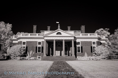 michaelapancier michaelpancierphotography travelphotography virginia blackwhite foundingfathers infrared landscapephotography naturephotography unitedstates us monticello thomasjefferson
