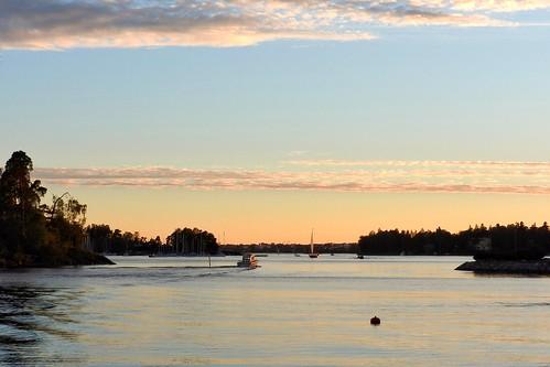 herttoniemi helsinki finland dusk peachycoloredsky