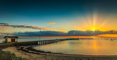 stleonards pier ocean sea sky clouds sunrise sunburst bay bellarinepeninsula geelong stleonardspier capturingthecoast