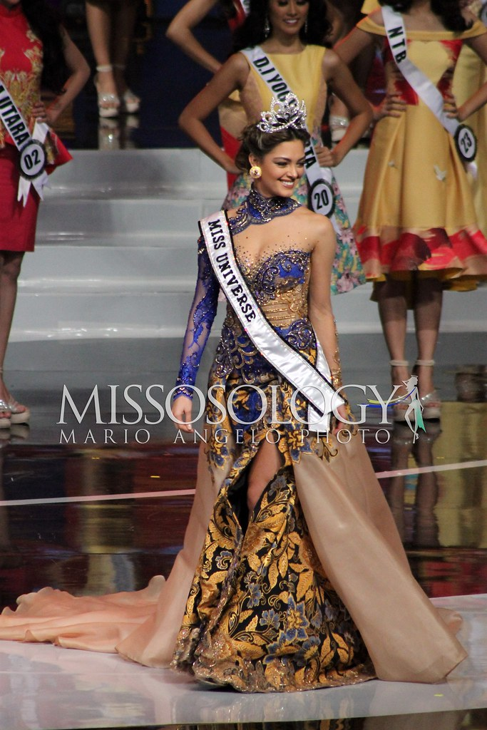 Demi-Leigh Nel-Peters - Miss Universe 2017 | Joining the ros
