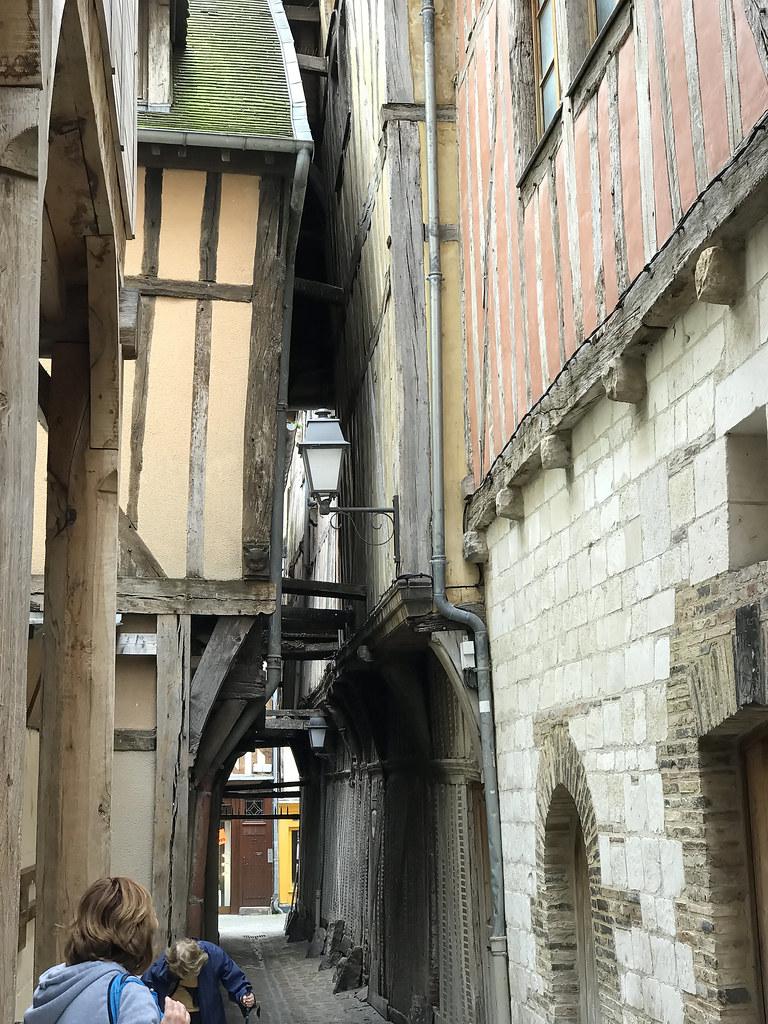 Troyes dominique Dominique PRUVOT