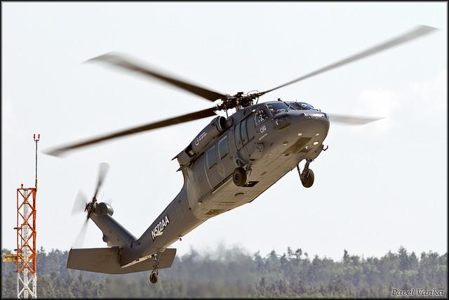 Sikorsky UH-60A Blackhawk N522AA
