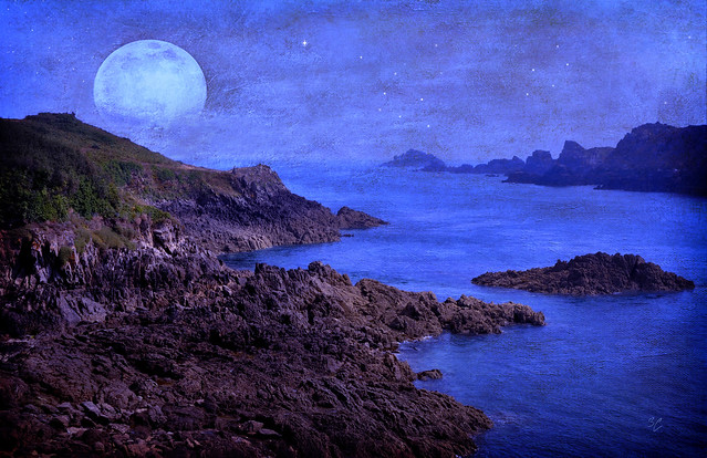 clair de lune sur la Pointe du Grouin