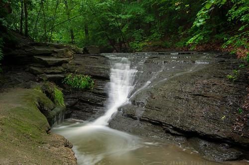 waterfall water nature green fallrunpark fallrun spring pa pittsburgh shaler park pentax