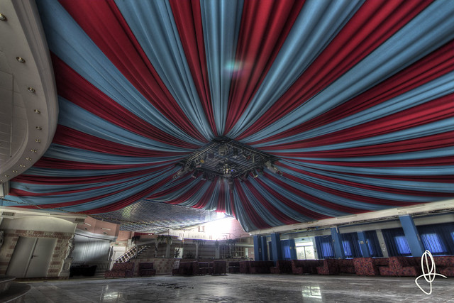 |URBEX| Ex Disco Lady Circus