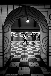 Floating on the checkerboard - Fuji X-Pro 1 with XF 16mm | by HamburgCam