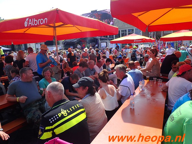 2016-07-21   3e  dag Nijmegen   40 Km  (160)