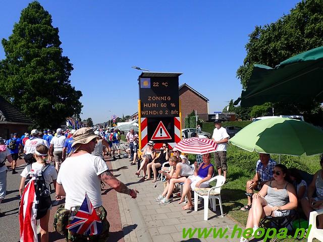 2016-07-19   1e dag Nijmegen    40 Km (80)