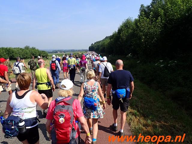 2016-07-21   3e  dag Nijmegen   40 Km  (73)