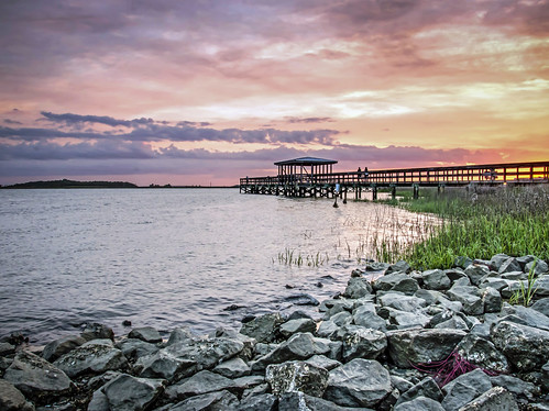 sunset sky usa beach water clouds reflections river landscape coast seaside nikon rocks unitedstates outdoor south southcarolina southern shore boardwalk beaufort lowcountry portroyal 2015 sandsbeach thesands seaislands beaufortriver batterycreek d7000 stgrundy