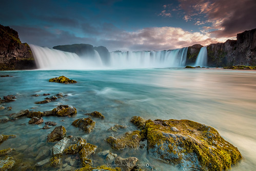 iceland islande noth northernlight viking canon 70d longexposure nisifilter polarised lightroom6 photoshopcs3 1022mm landscape paysage poselongue europe 2016 july cascade cascada waterfall eau fluide chute goðafoss godafoss sunset sunlight colorful mastepiece explore
