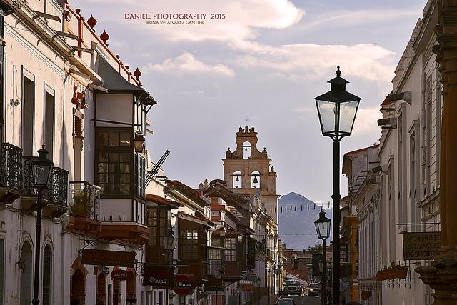 Sucre: Los balcones de la calle Nicolás Ortíz