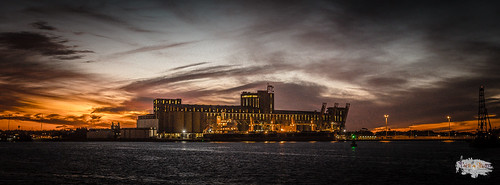 filmgrain nightphotography overheadlight nikon winter colour fx2470mmf28 water vignette d4s stockphotography brown weather orange dusk gray wallpaper851x315 blue ship aircraftwarninglight cloud bulkcarrier element silo sunset black green yellow horizontal waterway white aqua color dslr landscape nikond4s obstructionlight twilight wallpaper carrington newsouthwales australia au nikonfx2470mmf28 2470mmf28 4k uhd hd ultrahighdefinition nikkor outdoor sky urbanphotography