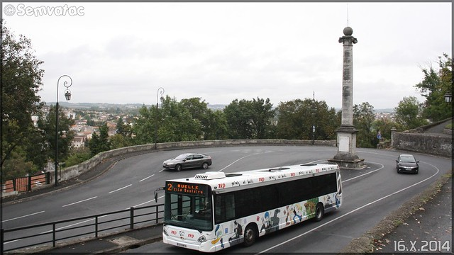Heuliez Bus GX 327 - STGA (Société de Transport du Grand Angoulême) n°831